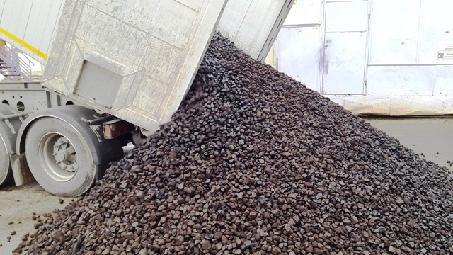 cierne-uhlie-kocka-cdrc-svinna-zberne-suroviny